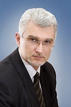 Суслов Сергей Юрьевич, адвокат, руководитель отдела по связям с общественностью.